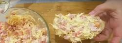 Горячие бутерброды с колбасой, помидорами и сыром - рецепт пошаговый с фото