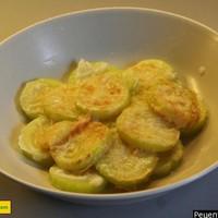 Кабачки жареные в муке на сковороде