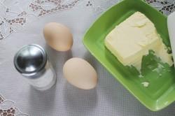 Омлет с зелёным луком в микроволновке - рецепт пошаговый с фото