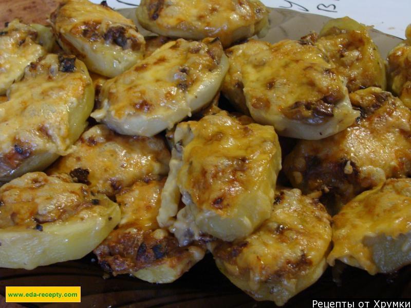 Курица с картошкой и грибами в горшочках рецепт с фото