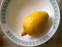 подготавливаем лимон