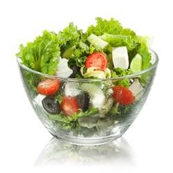 Чтобы салат дольше хранился...