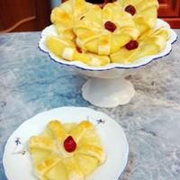 Пирожное фруктовое Цветы из ананаса