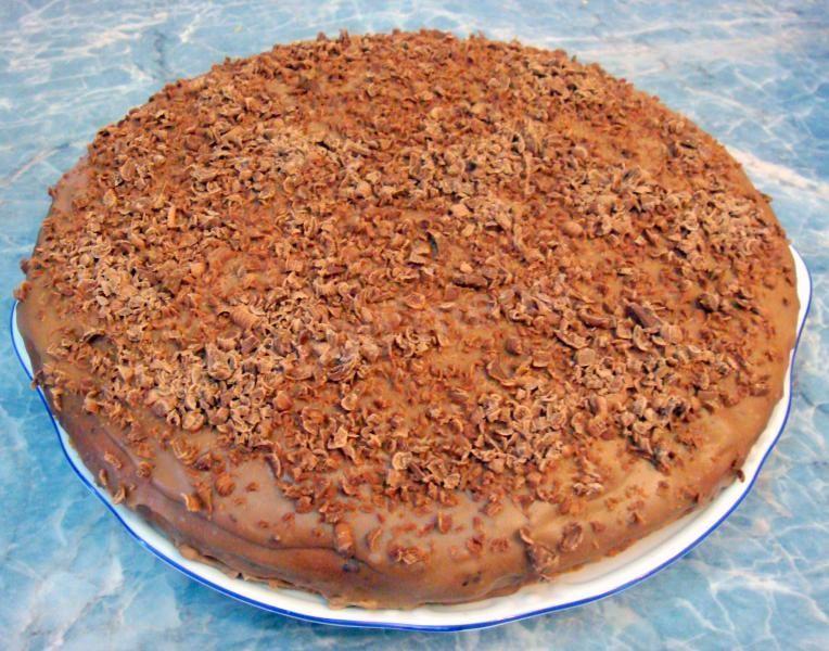 Ореховый торт шоколадный бисквит