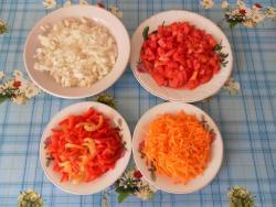 Паста с фаршем и овощами