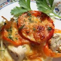 Запеканка из курицы с болгарским перцем и помидорами
