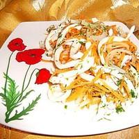 Салат кальмары с морковью и луком