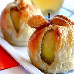 Шарлотка с творогом и яблоками – Пошаговый рецепт с фото ...