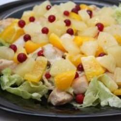 Салат шампиньоны грудка ананасы