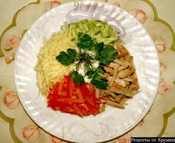 Салат красавица с курицей рецепт с пошаговый